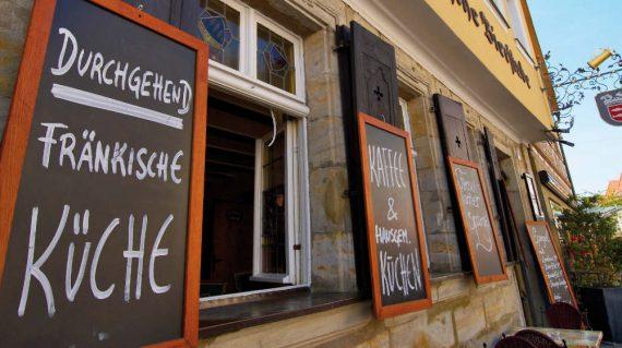 Gasthaus in der Fussgaengerzone Forchheims-Pano