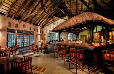 Mokuti_Etosha_Lodge_-_Indoor_Bar
