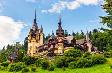 shutterstock_215874331 - Peles Schloss