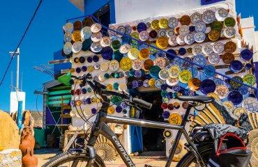 E-Bike vor Geschaeft