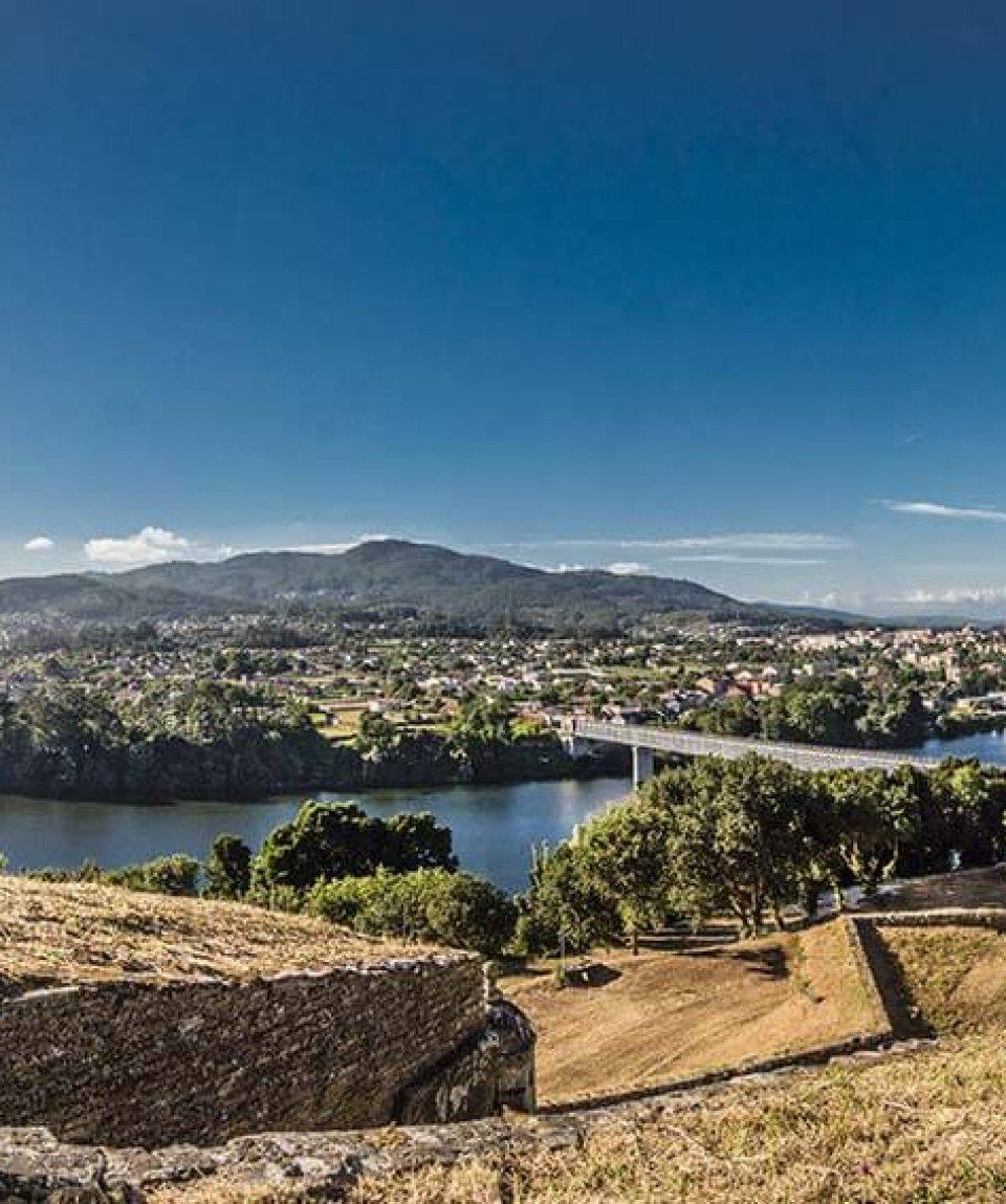 Festungsanlage-von-Valença-mit-Blick-nach-Spanien---Jakobsweg---Belvelo---Tom-Andersch