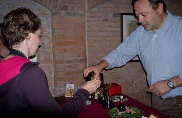 Acetaia di Modena - degustazione Aceto Balsamico Tradizionale