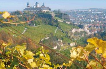 Festung Marienberg mit Maschikuliturm