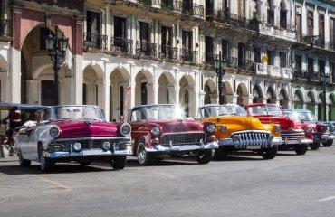 Oldtimer-in-Havanna---210125-Fotolia