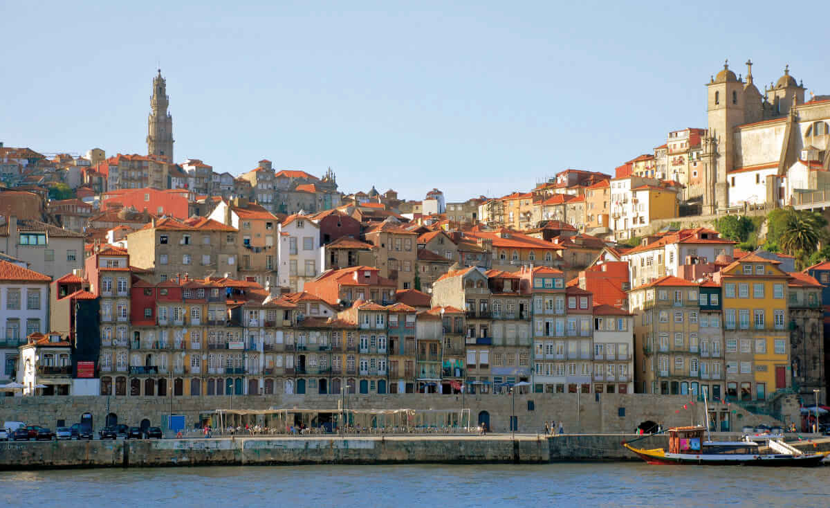 Fotolia 16679377 Porto Altstadt - Porto und das Dourotal