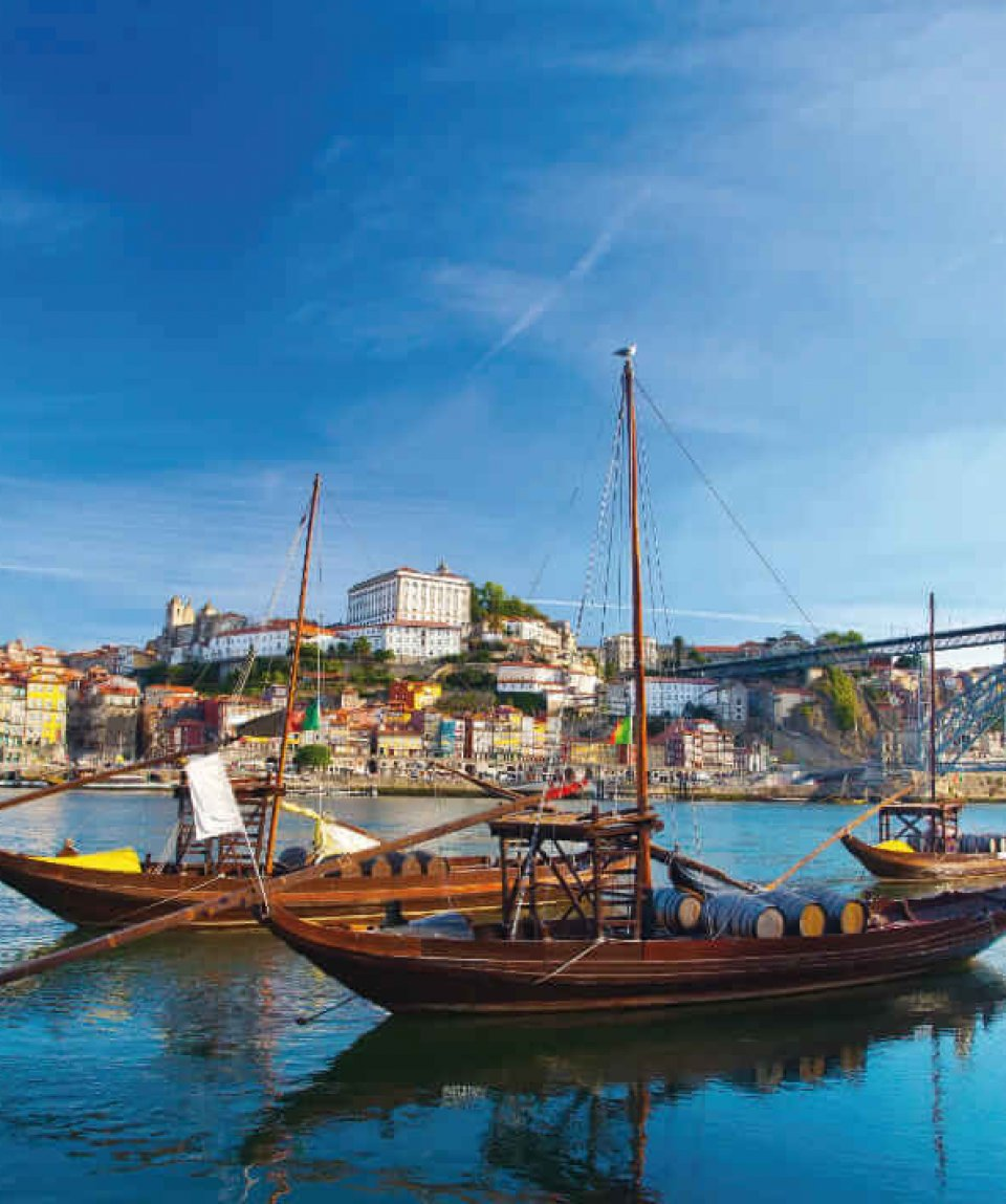Ancient Boat in Oporto, in which was used to transport the Port