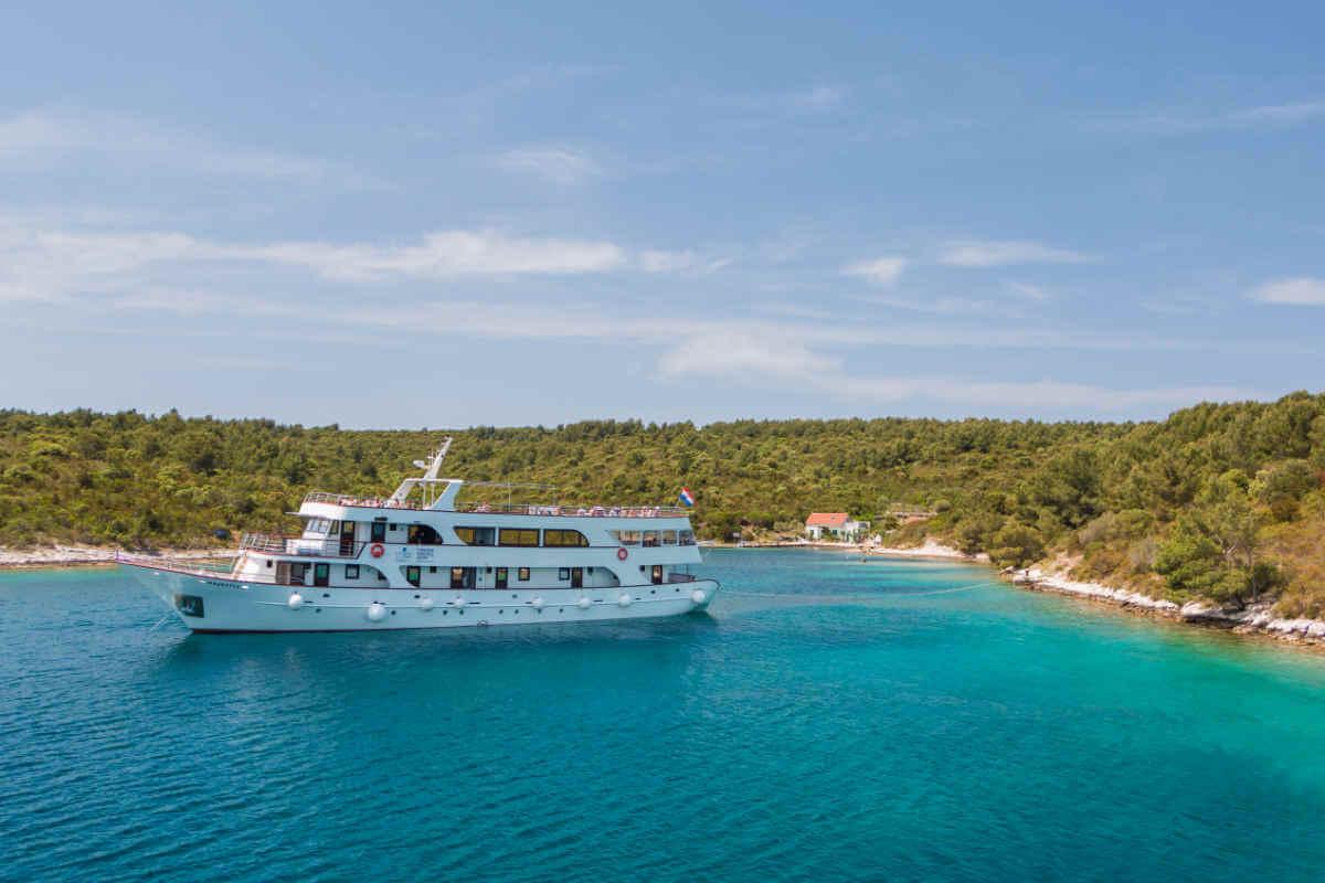 Majestic3 - Bezaubernde dalmatische Küste und Inselwelt
