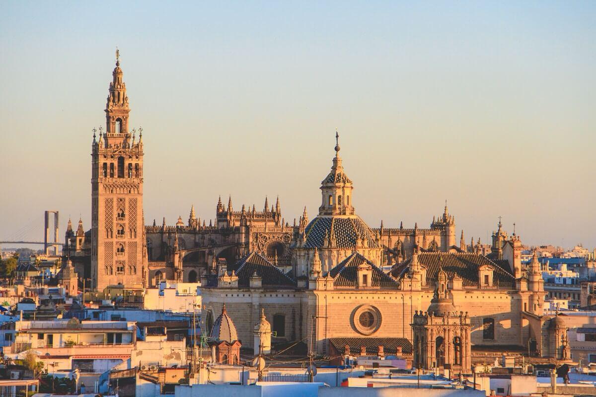 henrique ferreira 436512 unsplash - Städtereise Sevilla