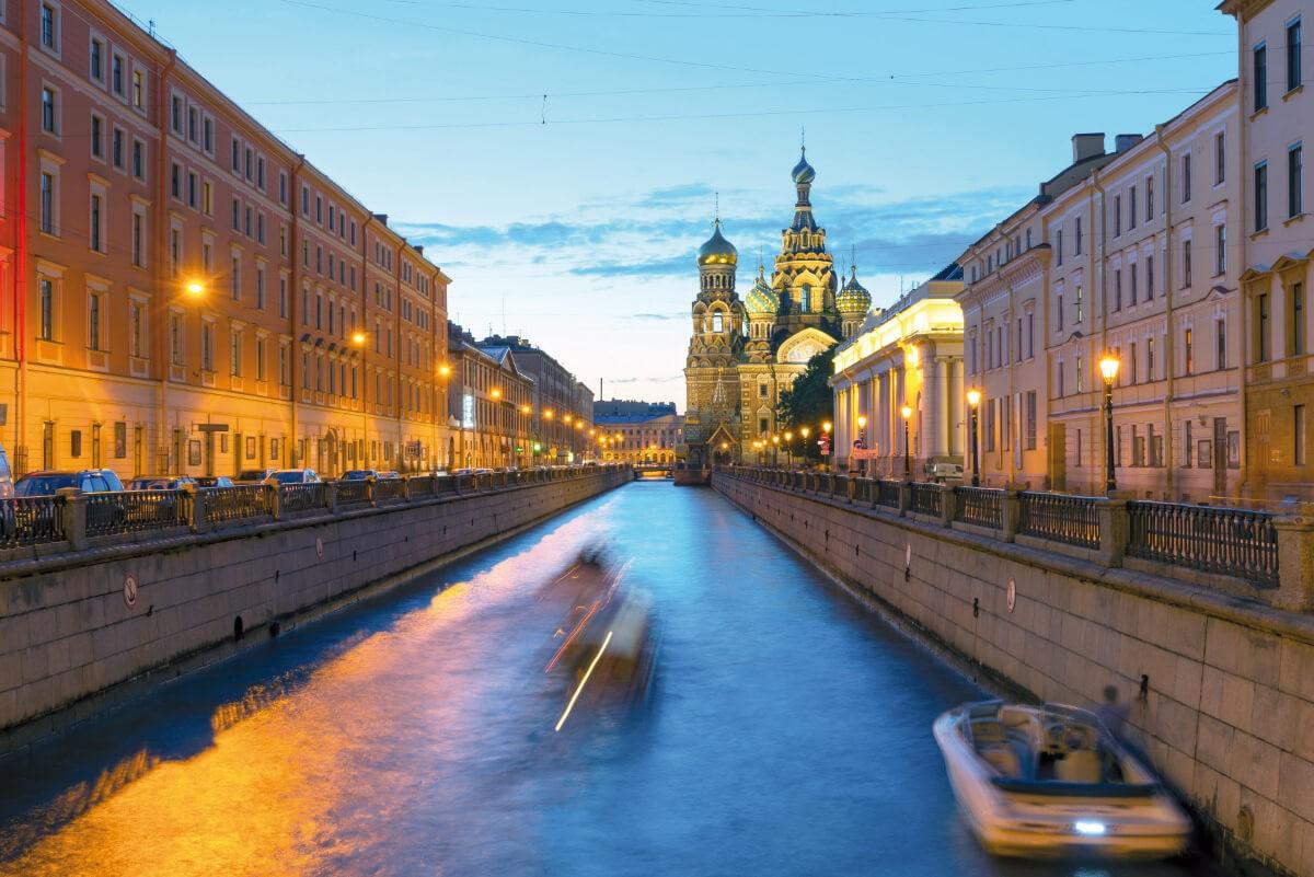 Fotolia 72919486 St. Petersburg - St. Petersburg – Zauber der Zarenzeit