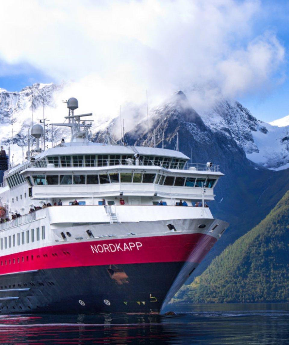 MS-Nordkapp-Hjorundfjord-Norway-HGR-09931