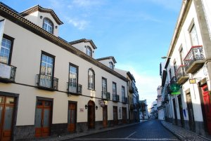 camoes 300x201 - Azoren – Sao Miguel, die grüne Insel