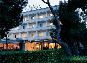 hotel cristallo giulianova01 300x218 - Apulien, Abruzzen und Ascoli Piceno