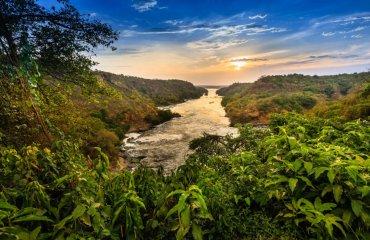 shutterstock_700639201 Nil, Murchisoan Falls
