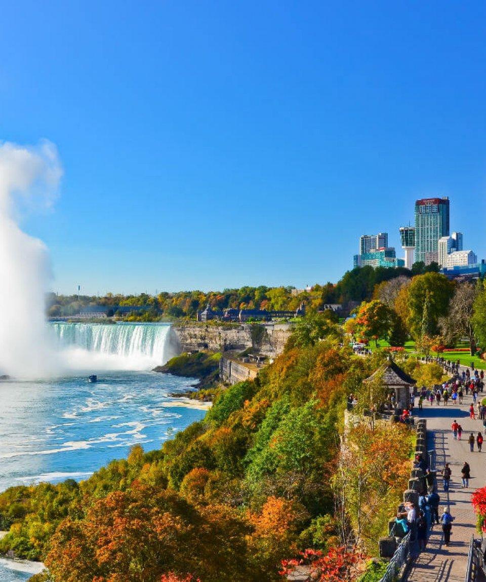 Niagarafälle - Javen - stock.adobe.com